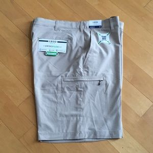 IZOD men's golf shorts swing flex stretch waist